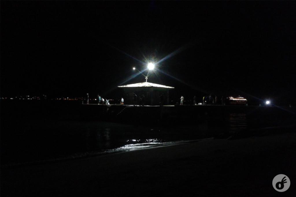 De onde sai o barco pela manhã, chegam os peixes à noite