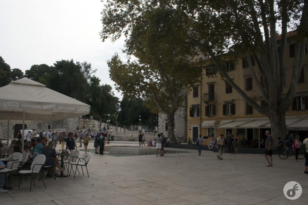 Zadar tem uma cor predominante: o bege.