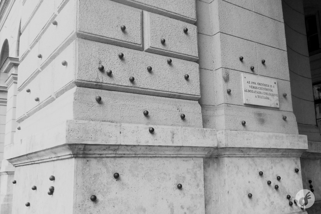 Homenagem aos civis mortos durante a Revolução Húngara de 1956