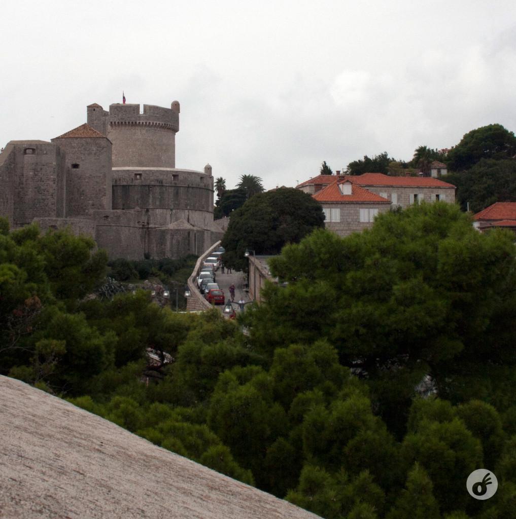 Os acessos ao centro histórico, vistos de dentro da cidade.