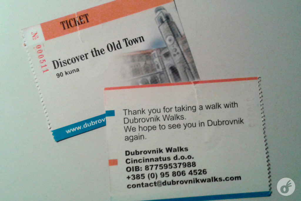 Os ingressos do walking tour são um pouco mais baratos que os do passeio pela muralha.