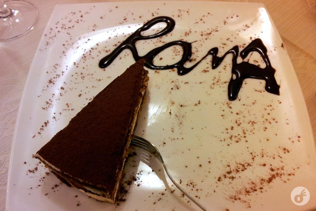 Não foi nenhum chef famoso, foi perto da Termini. Mas olha, não trocaria meu simpático tiramissu por sobremesa gourmet nenhuma.