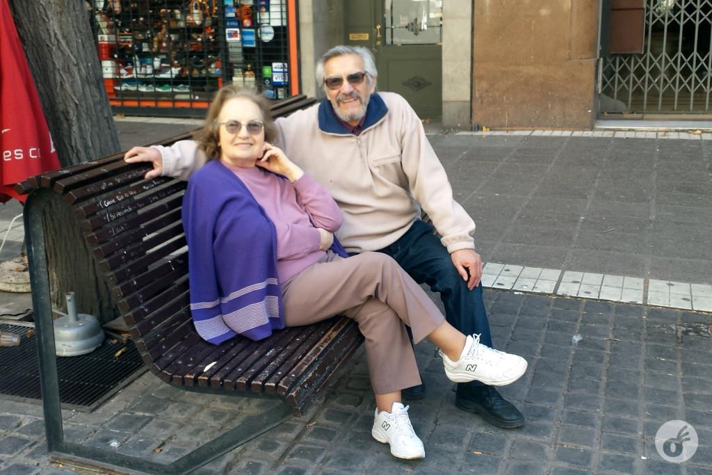Esse simpático casal viu eu e minha mãe passeando em Mendoza e resolveu conversar com a gente, tirar nossa foto e quiseram ser fotografados, mostrando como os Mendocinos são hospitaleiros.
