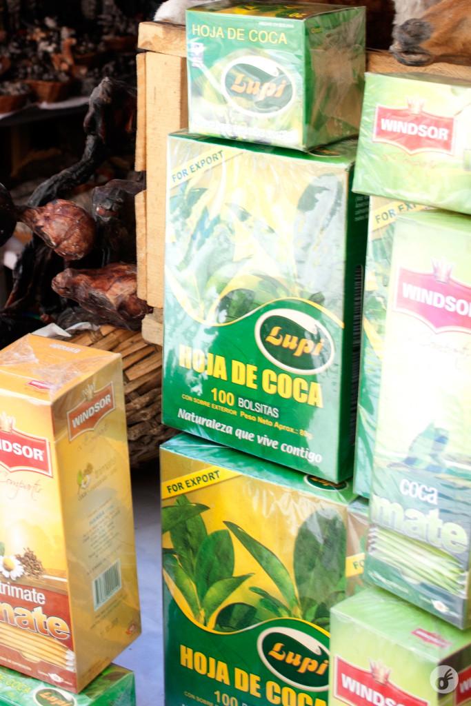 O chá você encontra à venda em quase todo lugar, mas bebe de graça em quase todo lugar também.