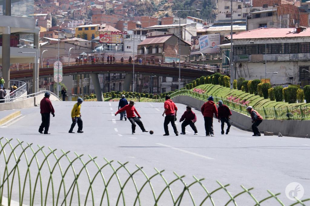 Esqueça: seu time não ganha se jogar em La Paz.