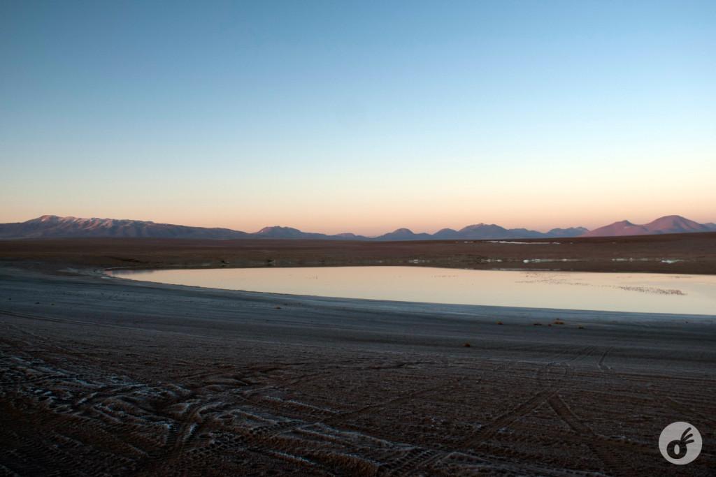 A mistura de terra e gelo, e as cores do começo de dia.