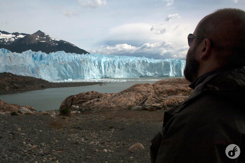 ...e quanto mais perto, mais impressionante era aquele imenso bloco de gelo.