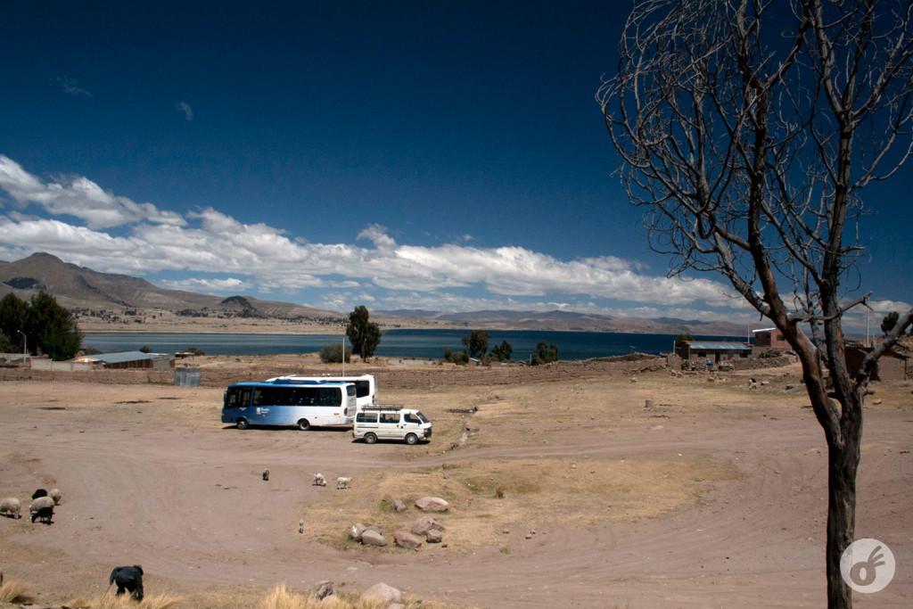 ...e ainda contemplar o Lago Titicaca da janela.