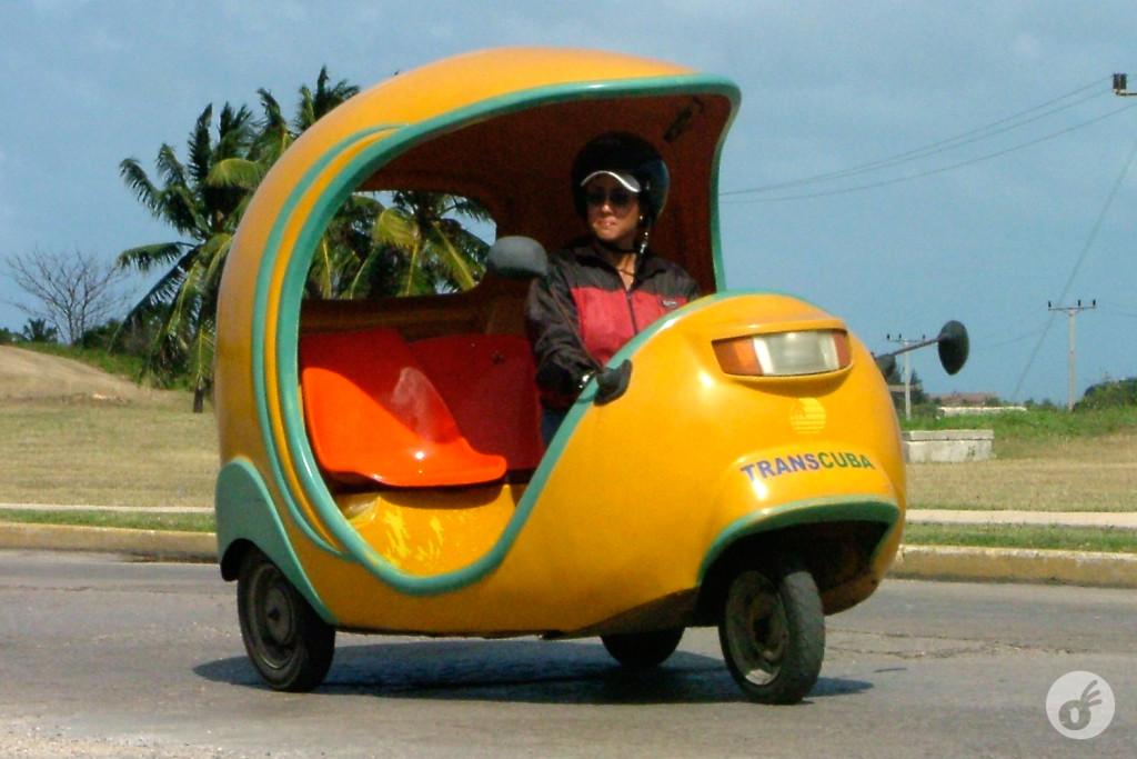 O simpático côco-táxi.