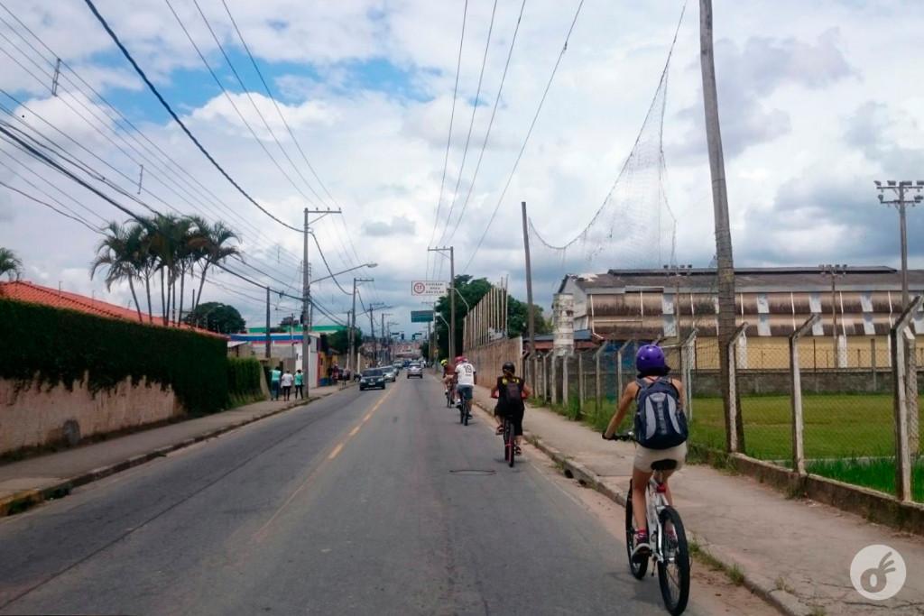 O primeiro trecho urbano, em fila até a chegada na estrada.
