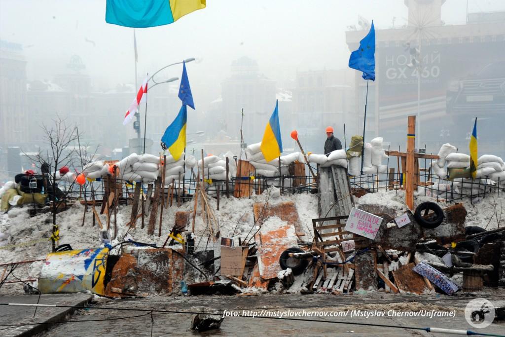 Maidan Nezalezhnost, e a motivação de demarcar um espaço durante a Revolução.